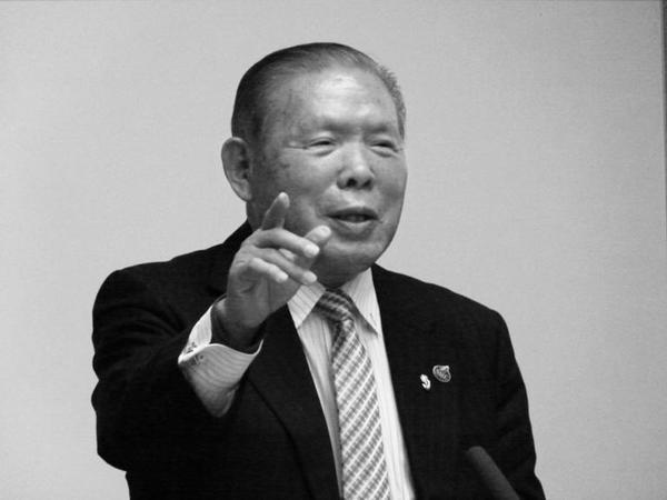 NPO法人NALC会長・髙畑敬一氏が経営塾の特別講師として登壇